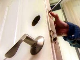 fast-burglary-damage-repair-locksmith-in-houston-texas