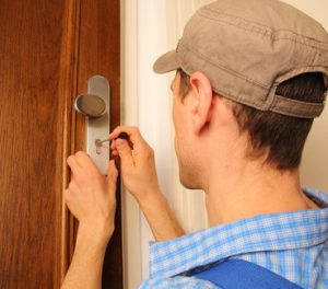 houston-locksmith-pros-broken-key-extraction